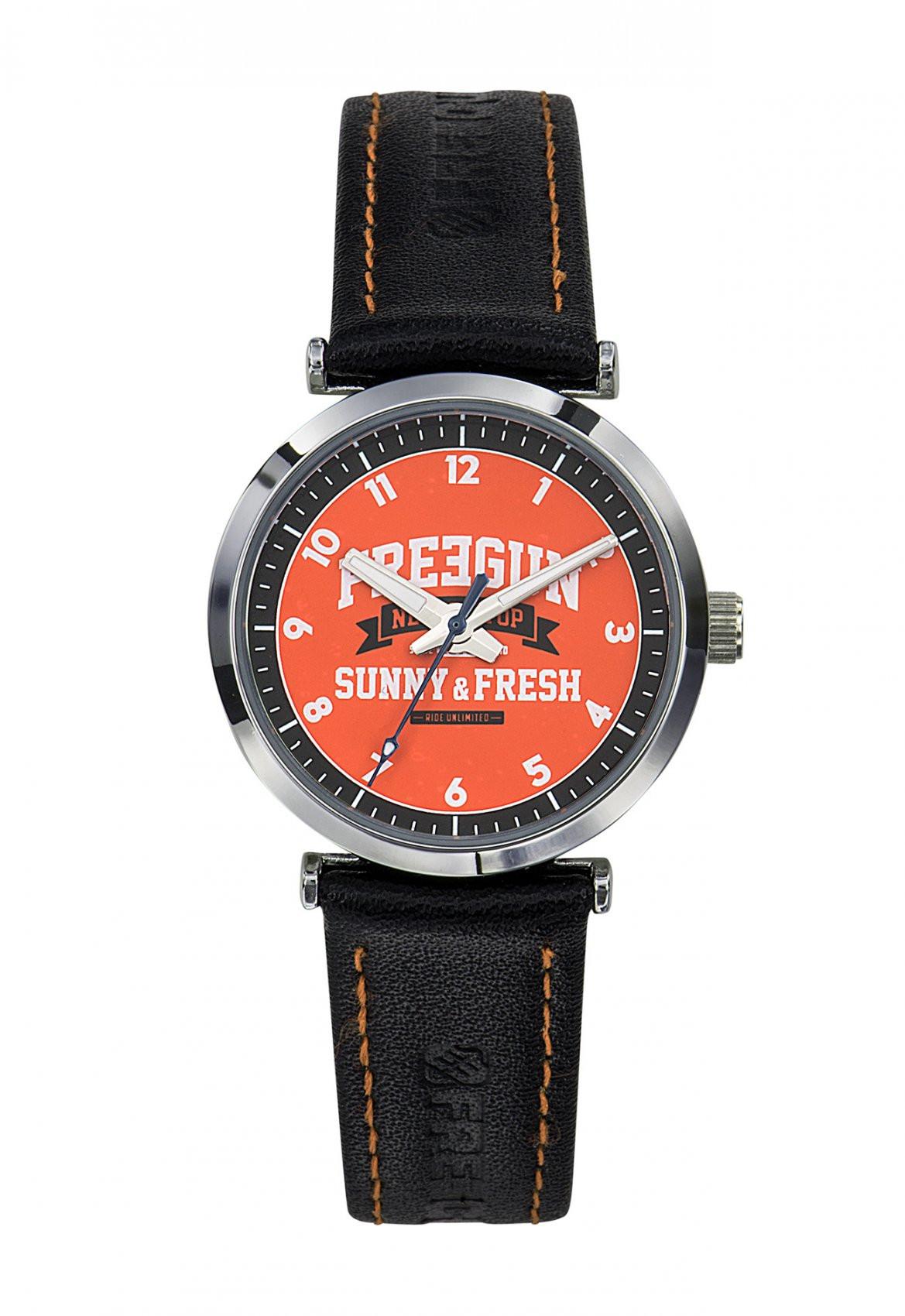 Montre discovery orange freegun (photo)