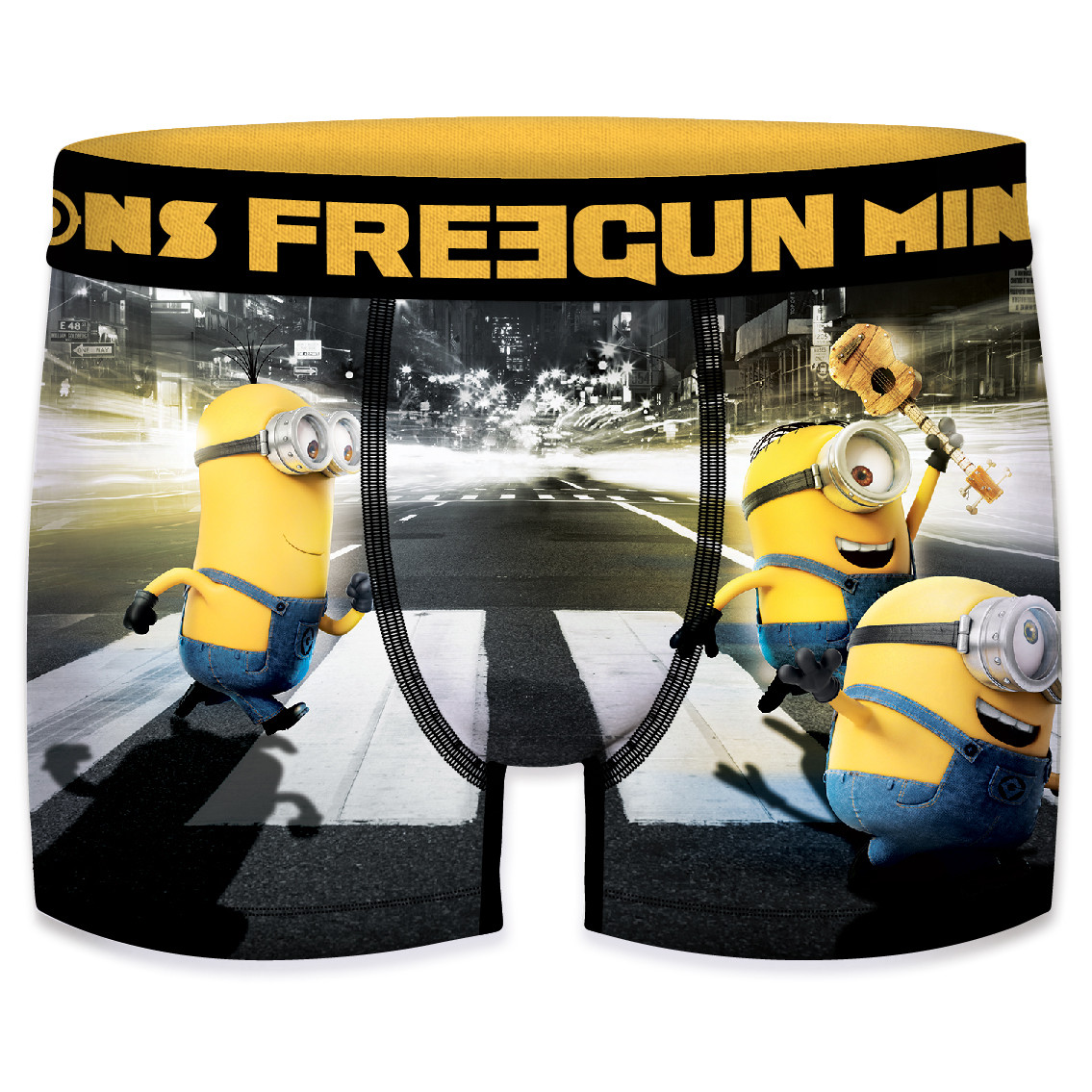 Boxer homme minions cross road (photo)